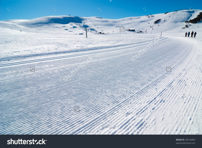stock-photo-freshly-groomed-cross-country-ski-trail-falls-creek-victoria-australia-34516099